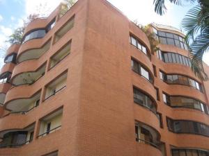 Apartamento En Alquileren Caracas, Campo Alegre, Venezuela, VE RAH: 18-2242