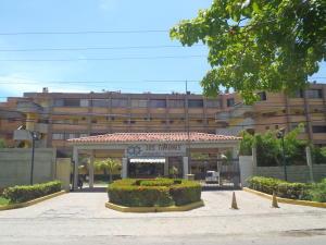 Apartamento En Ventaen Higuerote, Agua Sal, Venezuela, VE RAH: 18-2287
