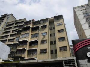 Apartamento En Ventaen Caracas, Parroquia La Candelaria, Venezuela, VE RAH: 18-2309
