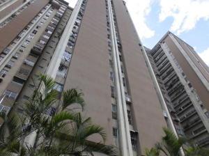 Apartamento En Ventaen Caracas, El Paraiso, Venezuela, VE RAH: 18-2328
