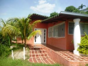 Casa En Ventaen Charallave, Centro De Charallave, Venezuela, VE RAH: 18-2356