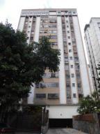 Apartamento En Ventaen Caracas, El Paraiso, Venezuela, VE RAH: 18-2455