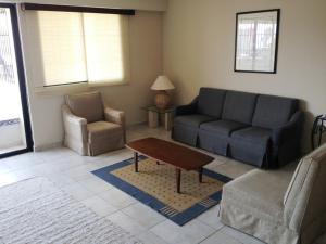 Apartamento En Alquileren Maracaibo, La Lago, Venezuela, VE RAH: 18-2424