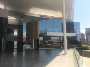Local Comercial En Alquileren Maracaibo, 5 De Julio, Venezuela, VE RAH: 18-2628