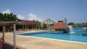 Apartamento En Ventaen Rio Chico, Las Mercedes De Paparo, Venezuela, VE RAH: 18-2819