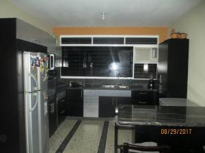 Apartamento En Ventaen Ciudad Bolivar, Vista Hermosa, Venezuela, VE RAH: 18-2630