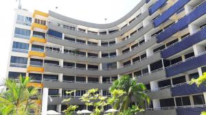 Apartamento En Ventaen Higuerote, Puerto Encantado, Venezuela, VE RAH: 18-2463