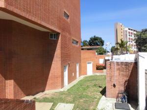 Apartamento En Alquileren Parroquia Caraballeda, Caribe, Venezuela, VE RAH: 18-2461