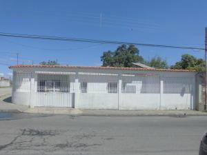 Casa En Ventaen Chivacoa, Bruzual, Venezuela, VE RAH: 18-2475