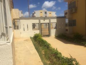 Apartamento En Ventaen Punto Fijo, Las Virtudes, Venezuela, VE RAH: 18-2502