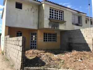 Casa En Ventaen Guacara, La Emboscada, Venezuela, VE RAH: 18-2924