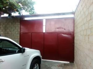 Casa En Ventaen Tucacas, Santa Rosa, Venezuela, VE RAH: 20-660