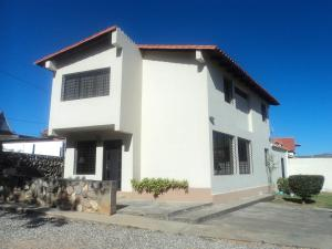 Casa En Ventaen Cabudare, Parroquia Agua Viva, Venezuela, VE RAH: 18-2795