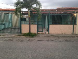 Casa En Alquileren Cabudare, Valle Hondo, Venezuela, VE RAH: 18-2541