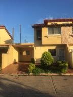 Townhouse En Ventaen El Tigre, Sector Avenida Jesus Subero, Venezuela, VE RAH: 18-2624