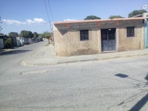 Casa En Ventaen Yaritagua, Municipio Peña, Venezuela, VE RAH: 18-2650