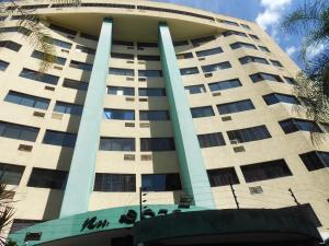 Apartamento En Ventaen Valencia, Prebo I, Venezuela, VE RAH: 18-2580