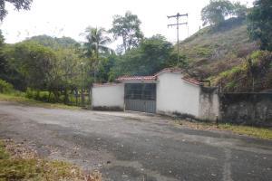 Terreno En Ventaen San Felipe, San Felipe, Venezuela, VE RAH: 18-2600