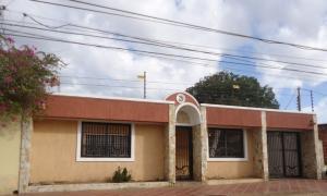 Casa En Ventaen Maracaibo, Circunvalacion Dos, Venezuela, VE RAH: 18-7369