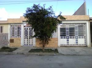 Casa En Ventaen Cagua, La Ciudadela, Venezuela, VE RAH: 18-2629