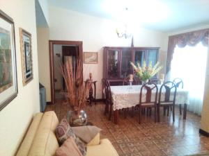 Casa En Ventaen Maracaibo, Monte Bello, Venezuela, VE RAH: 18-2640