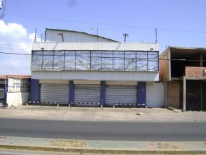 Galpon - Deposito En Alquileren Municipio San Francisco, Via Principal, Venezuela, VE RAH: 18-2641