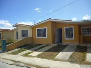 Casa En Ventaen Barquisimeto, Hacienda Yucatan, Venezuela, VE RAH: 18-2657