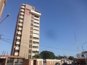Apartamento En Ventaen Maracaibo, La Lago, Venezuela, VE RAH: 18-2660