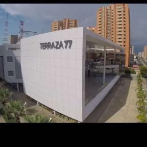 Local Comercial En Alquileren Maracaibo, 5 De Julio, Venezuela, VE RAH: 18-2670