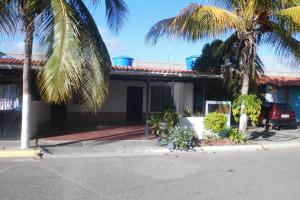 Casa En Ventaen Barquisimeto, Parroquia El Cuji, Venezuela, VE RAH: 18-2718