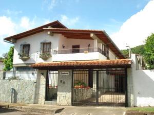 Casa En Ventaen Caracas, Colinas De Los Ruices, Venezuela, VE RAH: 18-2704