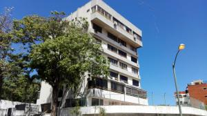 Apartamento En Ventaen Parroquia Caraballeda, Tanaguarena, Venezuela, VE RAH: 18-2862