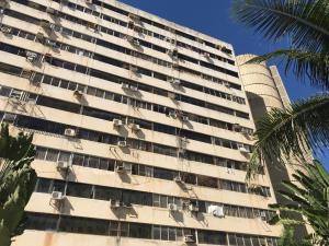 Apartamento En Ventaen Parroquia Caraballeda, Caribe, Venezuela, VE RAH: 18-2868