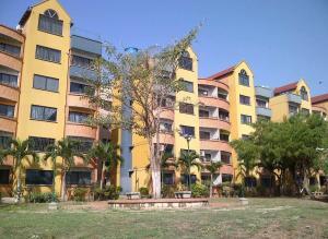 Apartamento En Ventaen Municipio San Diego, Poblado De San Diego, Venezuela, VE RAH: 18-2825