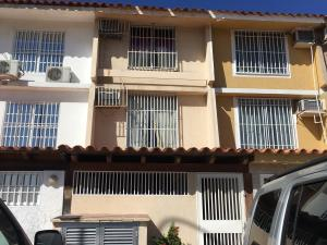 Townhouse En Ventaen Lecheria, Av Americo Vespucio, Venezuela, VE RAH: 18-2815