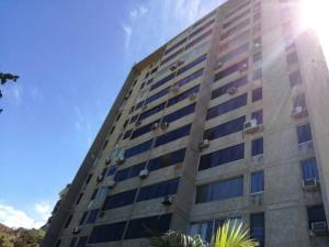 Apartamento En Ventaen Catia La Mar, Playa Grande, Venezuela, VE RAH: 18-2879