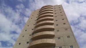 Apartamento En Ventaen Maracaibo, Valle Frio, Venezuela, VE RAH: 18-2902