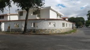 Casa En Ventaen Caracas, Vista Alegre, Venezuela, VE RAH: 18-3187