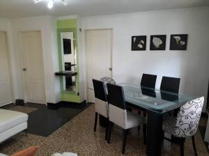 Apartamento En Ventaen Caracas, Los Caobos, Venezuela, VE RAH: 18-2927