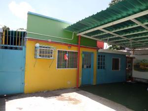 Casa En Ventaen Maracay, 13 De Enero, Venezuela, VE RAH: 18-2922