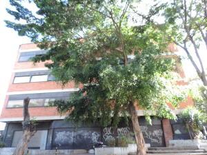 Edificio En Ventaen Caracas, La Urbina, Venezuela, VE RAH: 18-2934