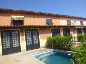 Casa En Ventaen Higuerote, Higuerote, Venezuela, VE RAH: 18-2943