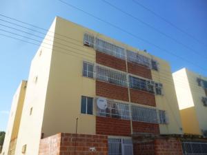 Apartamento En Ventaen Santa Teresa, La Raiza, Venezuela, VE RAH: 18-2958