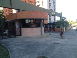 Apartamento En Ventaen Maracay, Base Aragua, Venezuela, VE RAH: 18-2961