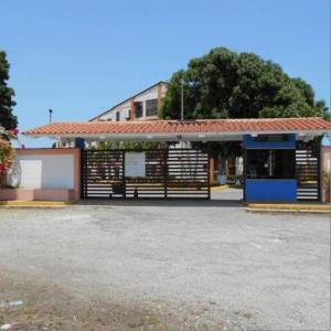 Apartamento En Ventaen Rio Chico, Las Mercedes De Paparo, Venezuela, VE RAH: 18-2989