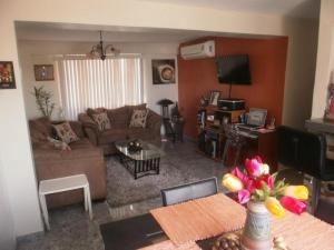 Apartamento En Ventaen Maracaibo, Veritas, Venezuela, VE RAH: 18-3073