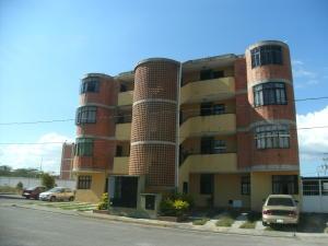 Apartamento En Ventaen Cabudare, Prados Del Golf, Venezuela, VE RAH: 18-3017