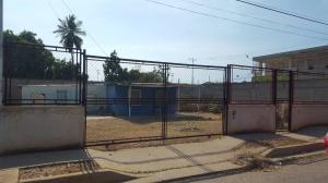 Terreno En Ventaen Ciudad Ojeda, Avenida Vargas, Venezuela, VE RAH: 18-3008