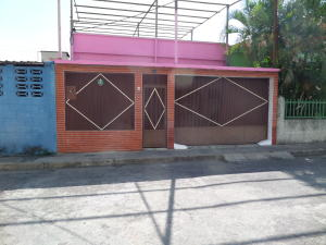 Casa En Ventaen Maracay, San Ignacio, Venezuela, VE RAH: 18-3054