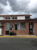 Casa En Ventaen Guatire, El Castillejo, Venezuela, VE RAH: 18-3061